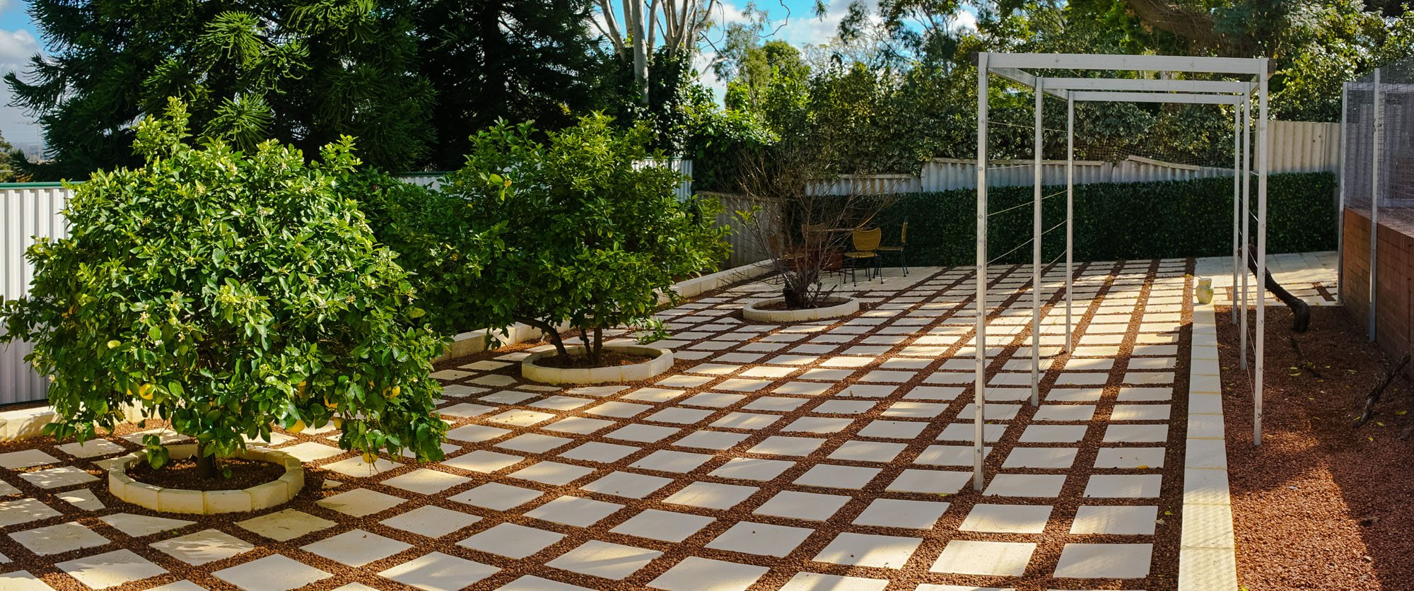 landscaping design services paving and garden features